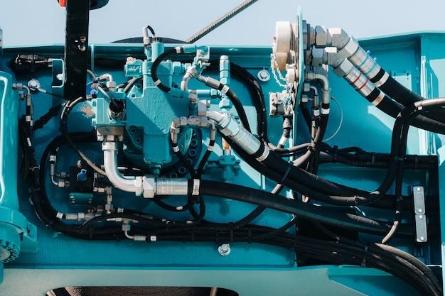 Het besturingssysteem van de kraanmotor