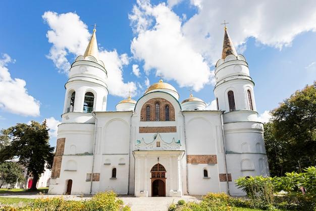 Het bouwen van een kerk in oekraïne, tempel