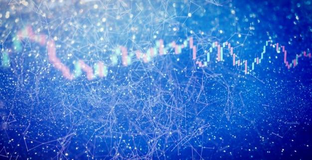 Het businessplan tijdens de vergadering en het analyseren van financiële cijfers om de prestaties van het bedrijf op de beurs te bekijken.