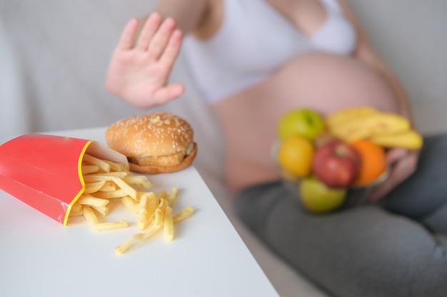 Het concept is zwangerschap, een gezonde levensstijl,
