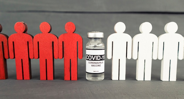 Het concept van mensen wordt beschermd na vaccinatie