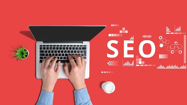 Het concept van zoekmachineoptimalisatiespecialist