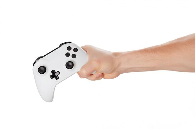 Het controlemechanisme van de videogameconsole in geïsoleerde gamerhanden