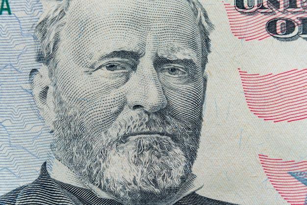 Het gezicht van president ulysses s. grant verschijnt op de rekening van $ 50.