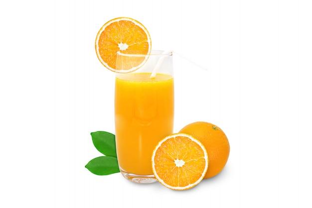 Het glas jus d'orange 100% isoleert op witte achtergrond.