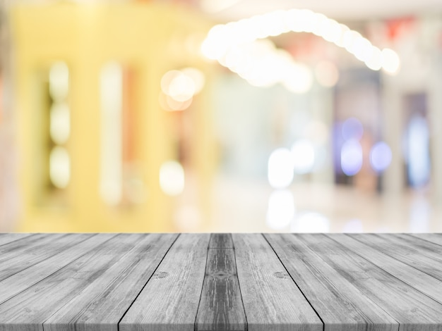 Het houten onduidelijke beeld van de raads lege lijst op de achtergrond van de koffiewinkel.