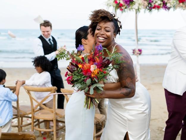 Het huwelijksdag van het afrikaanse amerikaanse paar