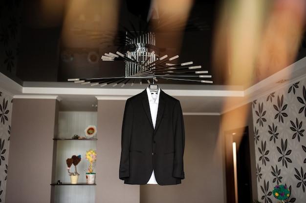 Het jasje van de bruidegom