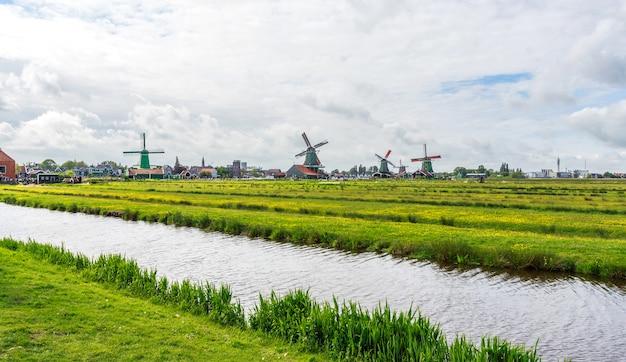 Het landschap van zaanse schans in nederland