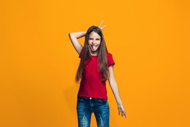 Het loensende tienermeisje met rare uitdrukking