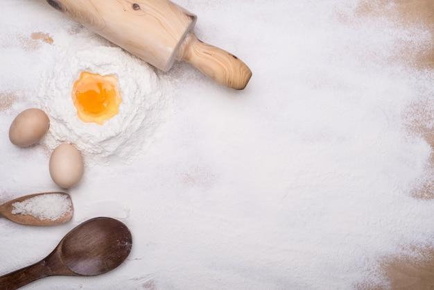 Het maken van deeg dessert