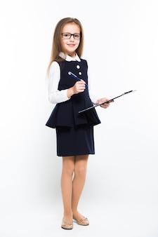 Het meisje met pen en klembord in haar handen kleedde zich als onderneemster