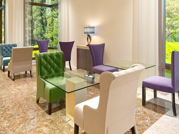 Het moderne design van de cocktailbar in het hotel met grote ramen. gekleurde stoelen met een glazen tafel voor twee personen. 3d render.