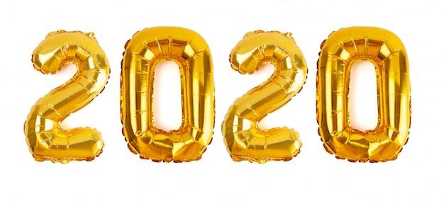 Het nummer 2020 in gouden folie ballonnen geïsoleerd op een witte achtergrond voor het nieuwe jaar