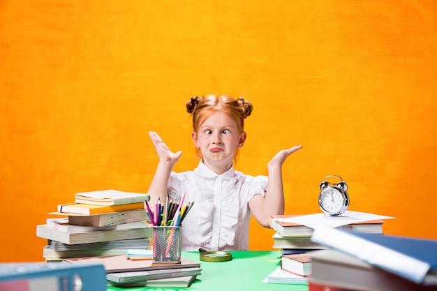 Het onderwijs en terug naar school concept