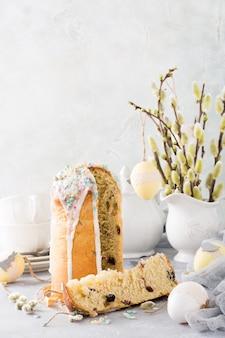 Het orthodoxe zoete brood van pasen