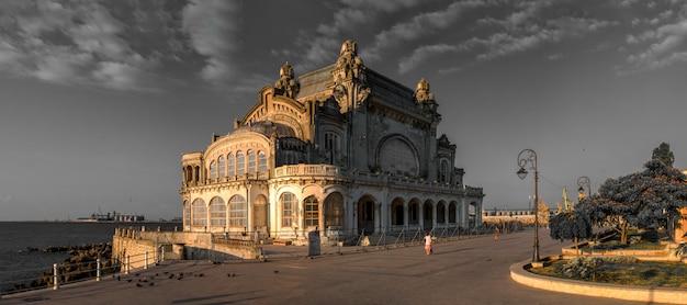 Het oude casino in constanta, roemenië
