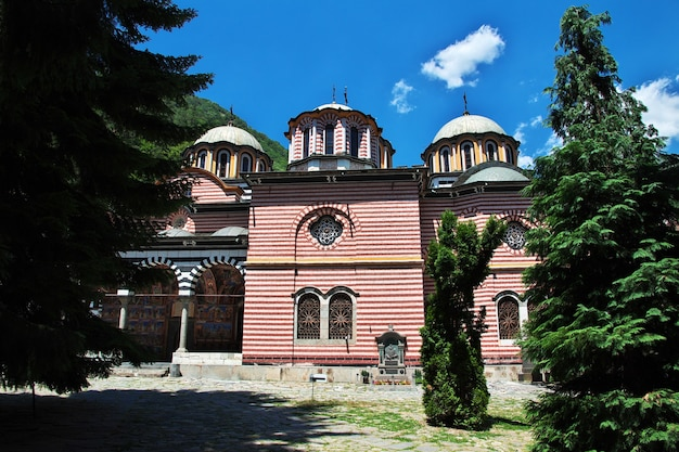 Het oude rila-klooster in bulgarije