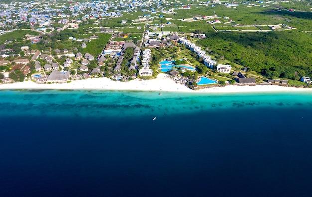 Het prachtige tropische eiland zanzibar
