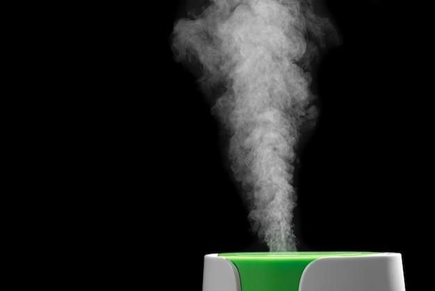 Het proces van de werking van de close-up van de ultrasone luchtbevochtiger.