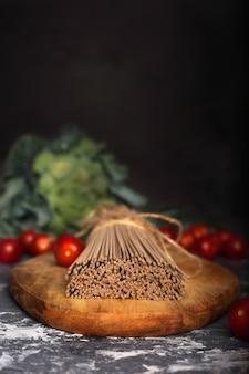 Het proces van het koken van italiaanse pasta.