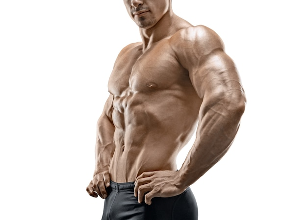 Het spier en geschikte jonge geïsoleerde mannelijke model van de bodybuildergeschiktheid