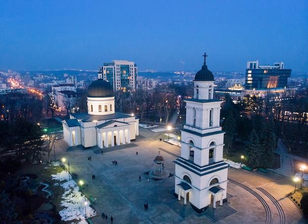 Het stadscentrum van chisinau 's nachts