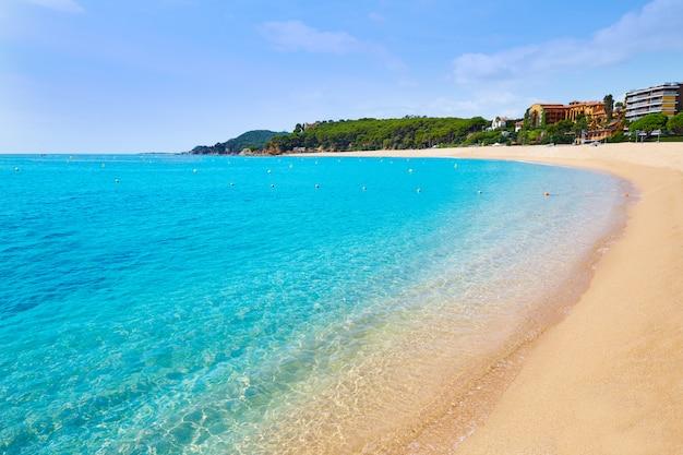 Het strand van platja fenals in lloret de mar costa brava