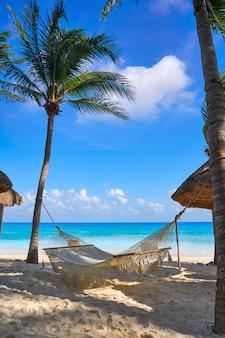 Het strand van playa del carmen in riviera maya