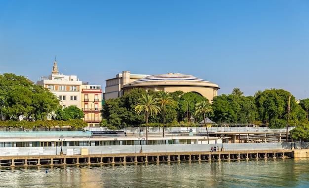Het teatro de la maestranza, een operahuis in sevilla - spanje, andalusië