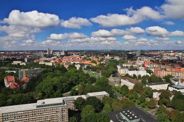Het uitzicht op de stad hannover in duitsland
