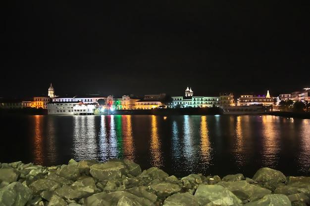 Het uitzicht van casco viejo in panama-stad