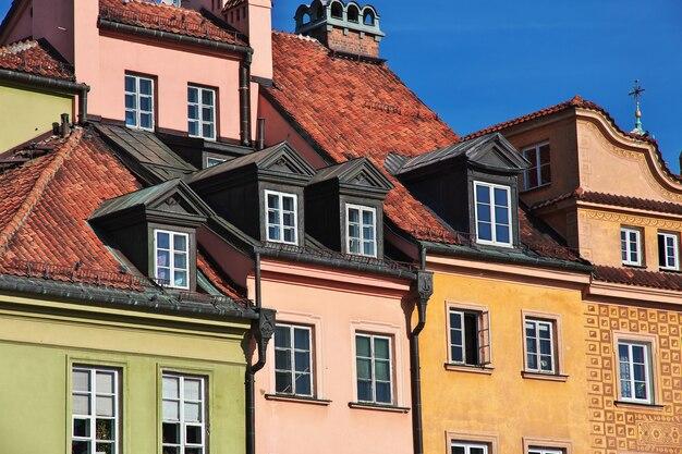 Het vintage gebouw in warschau, polen