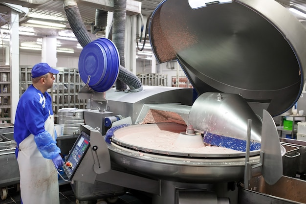 Het vlees in de molen. de vleesindustrie.