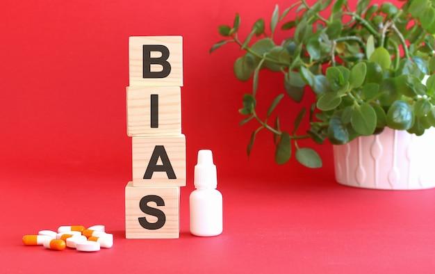 Het woord bias is gemaakt van houten kubussen
