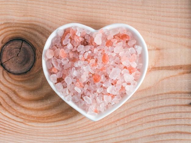 Himalaya roze zout in kristallen