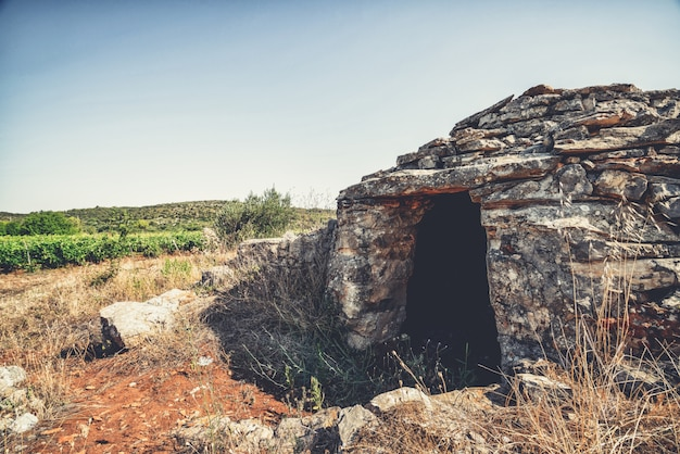 Historische site op de vlakte van stari grad, hvar, kroatië