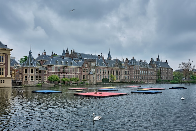 Hofvijvermeer en binnenhof den haag