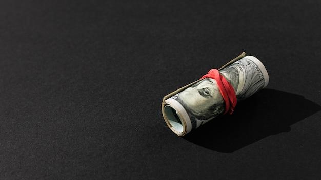 Hoge bankbiljetten met rubberen band