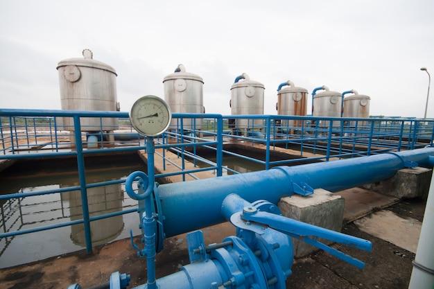 Hoge druk waterpijp in de fabriek