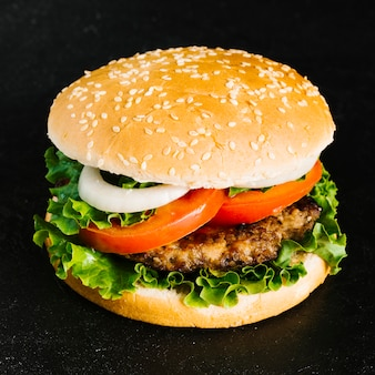 Hoge hoek close-up burger
