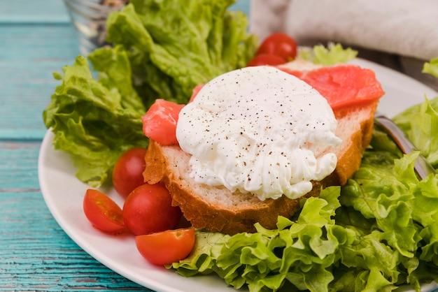 Hoge hoek gezond ontbijt
