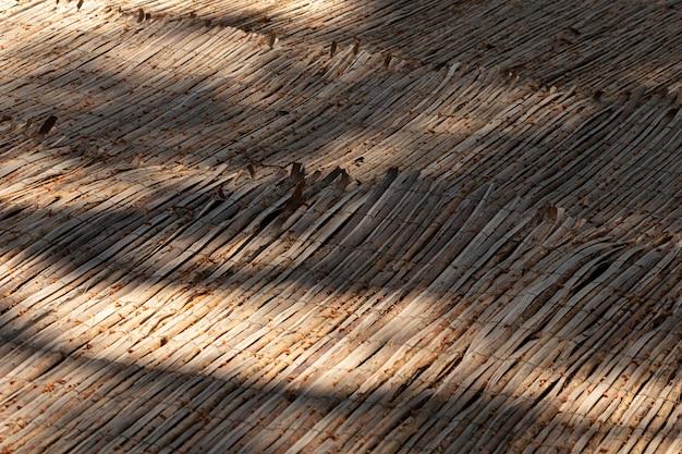 Hoge hoek houten structuur