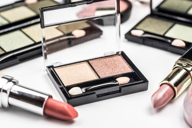Hoge hoek verschillende cosmetica samenstelling