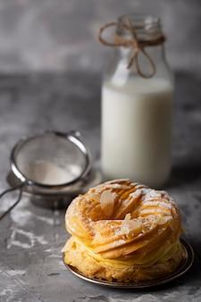Hoge hoek zoete bakkerij zoetigheden samenstelling