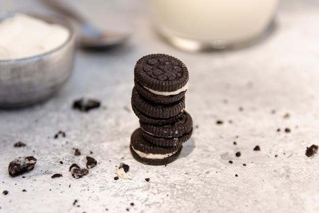 Hoge hoekopstelling met koekjes