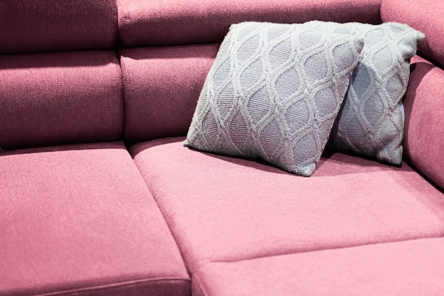 Home decor interieur en luxe meubels achtergrond bank en kussen detail