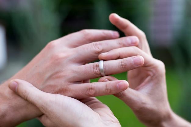 Homoseksuele paar huwelijksceremonie detail