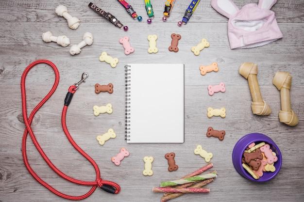 Hondenaccessoires snacks en notitieboekenset