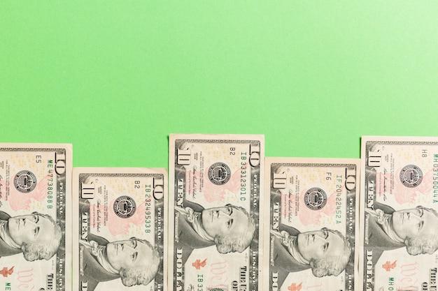 Honderd-dollarbiljetten bovenaanzicht van bedrijfsconcept op achtergrond met kopie ruimte